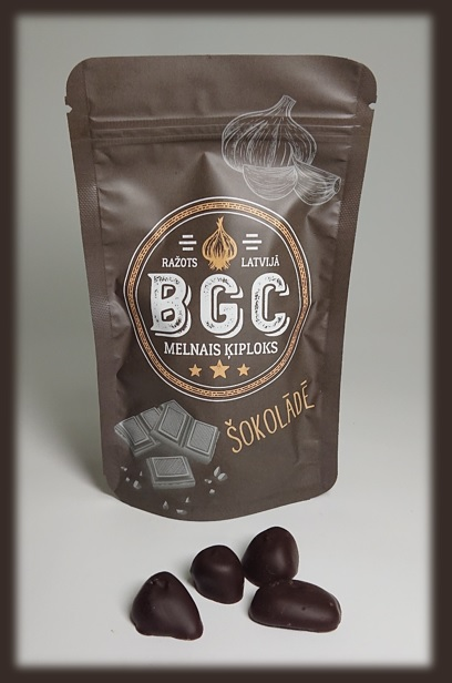 Melnais ķiploks šokolādē